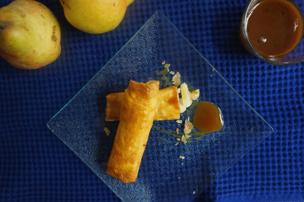 nems de poires caramel au beurre sale toque et tablier