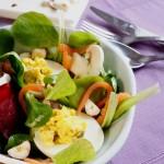 salade de mache poisson fume betterave toque et tablier