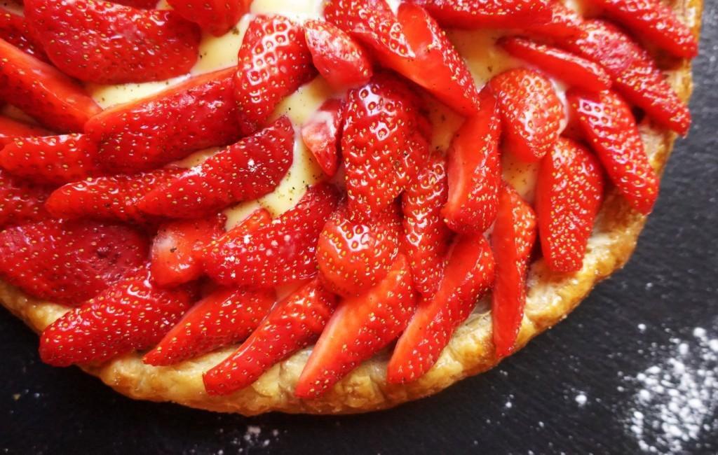 tarte feuillletée fraises toque et tablier (4)