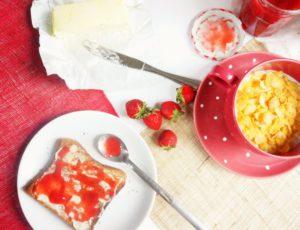 confiture de fraises toque et tablier