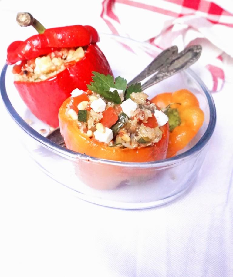 https://www.victoire-scalabre-nutritionniste.com/wp-content/uploads/2016/07/poivrons-farcis-quinoa-legumes-toque-et-tablier