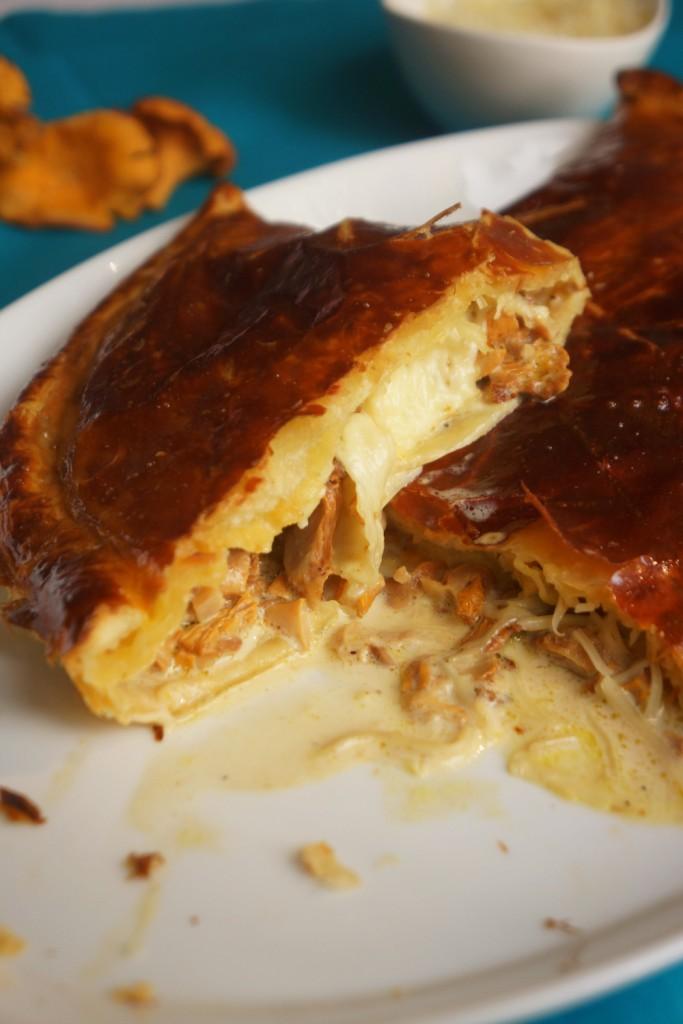 chausson-champignon-fromage-toque-et-tablier-3