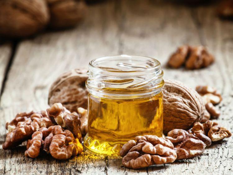 huile noix toque et tablier